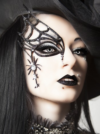 XOTIC EYES 3D Gothic Spider Web Halloween Mask Makeup Kit