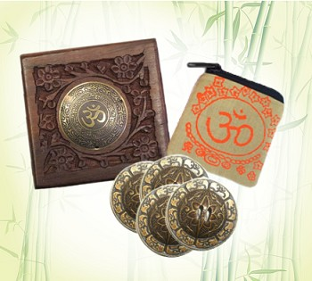 Om Zills Gift Set (Finger Cymbals with Hand-carved Gift Box)