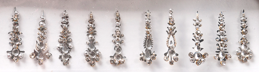 Bindi - 10 Assorted Shapes - SILVER