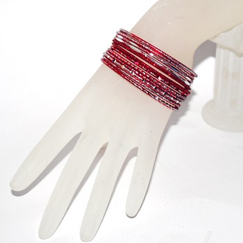 Small Size Diamond Cut Glitter Bangle Set - RED